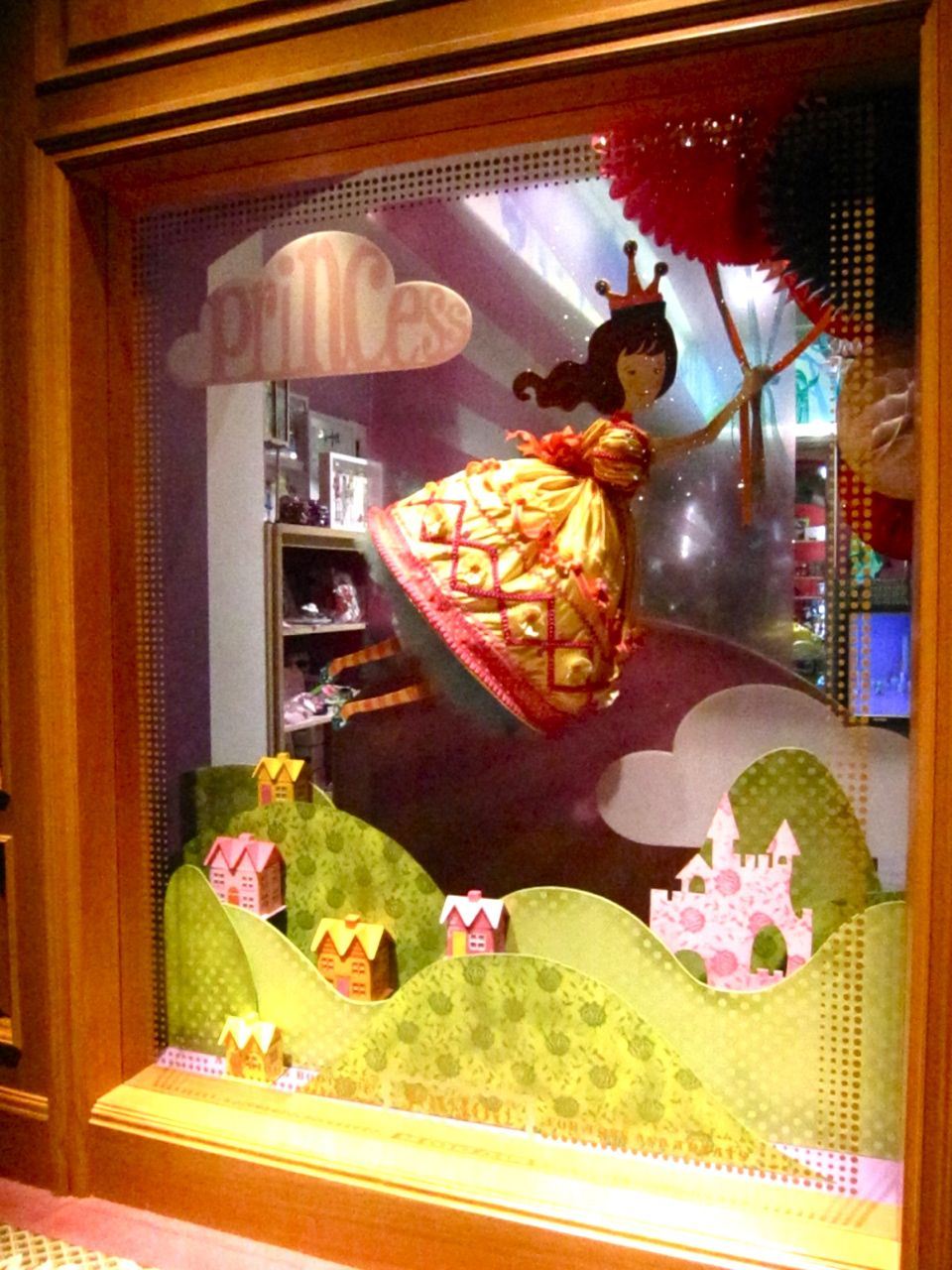 A toy store window display ideas for spring pictures to for Boutique window display ideas