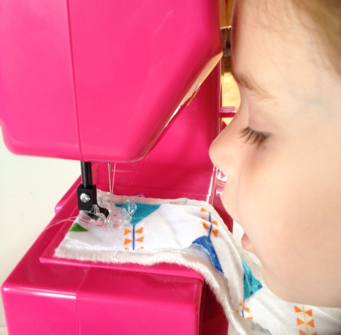 Janome Sew Mini Sewing Machine for Kids-4