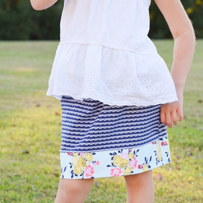 Simple Skirt in Idle Wild Knits!