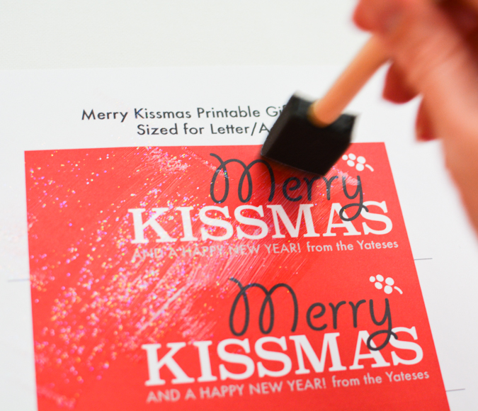Merry Kissmas Mistletoe Printable-2