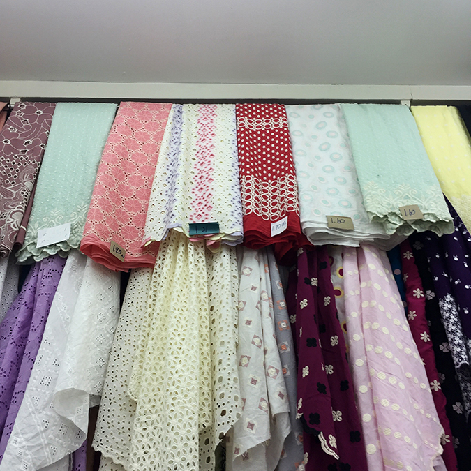 Bangkok Chinatown fabric shopping Sampeng Lane